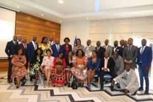 Miembros del FAS en el acto de clausura